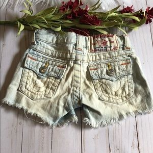 True Religion Dolly Cut off shorts size 3